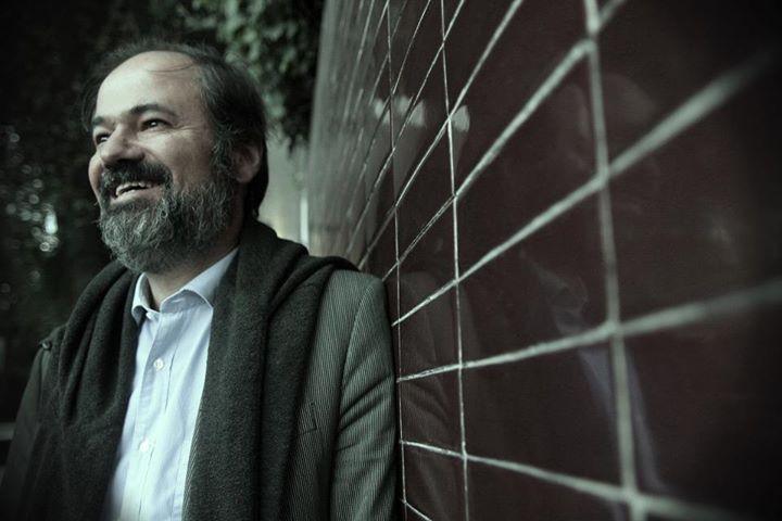 Juan Villoro por Nicolás Der Agopián en: http://imagentexto.nicolasderagopian.com/2013/07/mucho-antes-de-contactarme-con-villoro_24.html