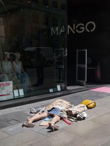 08_Fashion-Victims_Yolanda-Dominguez