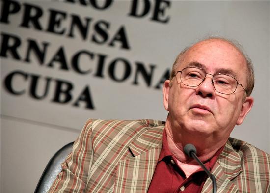 Fotografía tomada de: http://www.cubahora.cu/cultura/el-otro-miguel-barnet