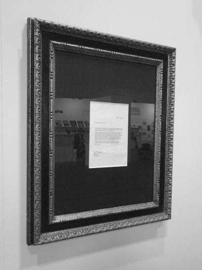 Carta de renuncia al Premio Nacional de Artes Plásticas 2010 tomada de la página del artista. En http://www.santiago-sierra.com/201114_1024.php