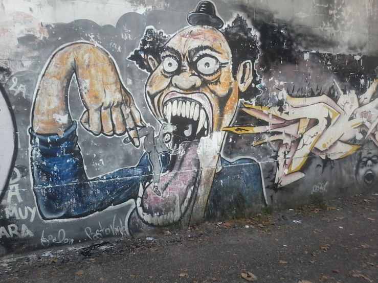 Muro de la calle Tomás Basañez IV