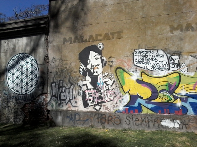 Muro de la calle Bvr. Batlle y Ordóñez (Propios) III