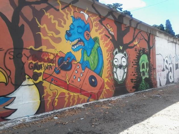 Muro de la calle Tomás Basañez III