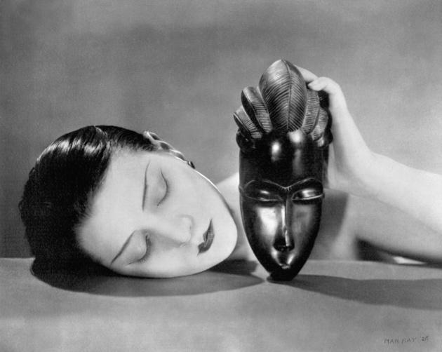 Noire et Blanche, 1926